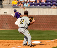 USM third baseman grabs ball down the line